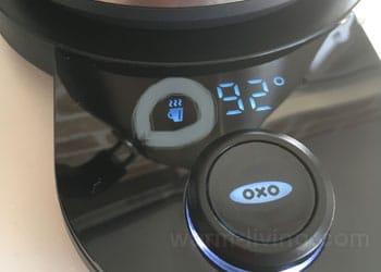 oxoカフェケトル電源台に表示される動作アイコン「加熱」