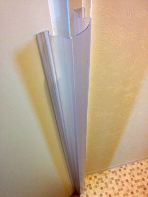 メイントイレのドアに貼ったフィンガーアラート