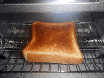 バルミューダの「ザ・トースター(The Toaster)」