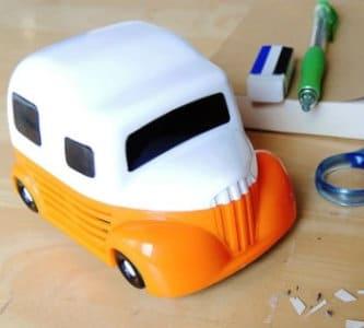 Yoijimu 卓上クリーナー 車型